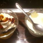 うどんや - 杏仁豆腐とクリームあん蜜 バニラ