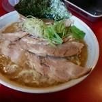 ラーメン 三七十家 - 「大盛あご塩チャーシュー麺」980円