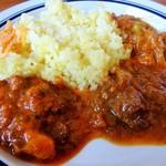 楽しいおかず - ビンダルーポークカレー/トマトグレイヴィビーフカレー/野菜たっぷりキーマカレー
