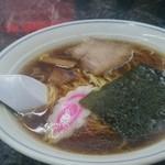 華勝園 - 料理写真:醤油ラーメン