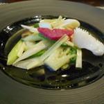 46232617 - 海鮮二種と黄ニラの炒め
