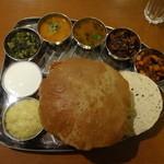 南インドの伝統料理(ベジタリアン)