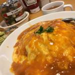 神田たまごけん - 季節のオムライス。オマール海老のヤツ。美味しい大盛