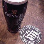 THE AVERY'S IRISH PUB - ギネスパイント♪
