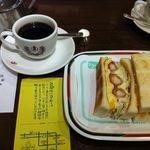 コンパル メイチカ店 - エビフライサンドとコーヒー