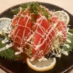 海鮮料理魚春とと屋 - マグロのカルパッチョ