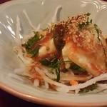 鳥弥三 - 豆腐とじゃこのサラダ