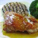 NAOKI - 鶏モモ肉のソテー オレンジソース