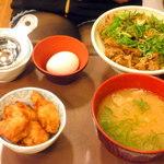 すき家 - ネギ玉 中牛丼¥590&から揚4個¥160&とん汁¥190
