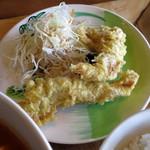 熱帯食堂 - 今週の麺ランチ≪クイッティオトムヤムガイ≫(ごはんsetのガイトート)