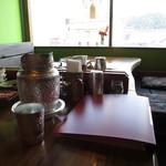 熱帯食堂 - お店の内観