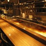 鉄板 ビストロ 恵比寿 - 目の前で焼き上がる料理をお楽しみいただけます