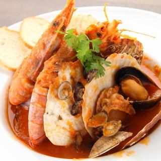 牡蠣以外も旬の食材を使用した手作りのイタリアンが自慢!