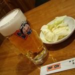 吉鳥  - 無料のキャベツ・生ビール