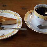 ファーマーズカフェ大芦家 - ケーキとコーヒー(2015.12.19)