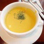 サロン・ド・シャトー - スープ