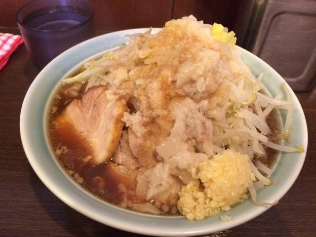 麺や あかつき - あかつき麺 野菜・にんにく・タレ・背アブラ(2015.11)