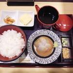 築地寿司清 - 鯛胡麻だれ¥670