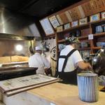 鈴新 - 厨房の様子