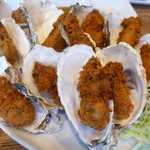 トリニティ オイスター ハウス - 10個の牡蠣フライランチ