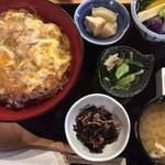 定食家 つき善 - 薩摩鳥の炙り親子丼