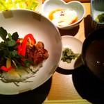 手作り料理とお酒 えん - 牛リブロースステーキ丼1420