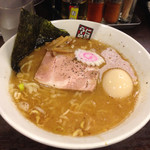 玉五郎 - .味玉煮干しらーめん〜(^.ー^)ノ¥800円