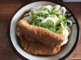 穴吹製麺所 - うどん2玉 260円  お揚げ 80円