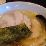 百歩ラーメン - COの山口君が食べたチャーシューメン 980円