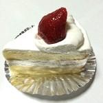 koffe - 料理写真:いちごのケーキ(\390)