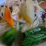 中華風レストラン 紅華 - 彩り豊かなタンメン