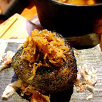 魚島屋 - 美味!!じゃこ山椒の焼きおにぎり。