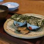甘味茶屋 - 天むすびとお味噌汁