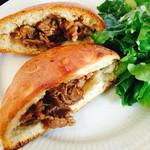 クッチーナ・サクラ - 豚肉エピス風味のフォカッチャサンド