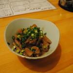 呑み処 豆しぼり - お勧めのモツ煮。トロトロで絶品!