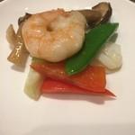 chuugokuryouritouri - 季節野菜とシーフードのオホーツク塩炒め