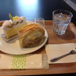 こぐまや - 料理写真:コンコルド、芋のケーキ