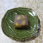 でかまん菓子舗 - 料理写真:栗むし羊羹