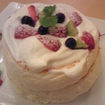 Cafe 下町の時計台 - フルーツパンケーキ
