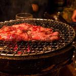 大衆焼肉 ぶんた - なんかでっかい肉。