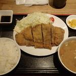 Kushiagepin - 国産牛ロースカツ定食 1,080円