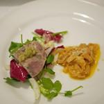 46325796 - 前菜の2種盛り...トリッパのトマト煮と和牛の牛モモを赤ワインで煮たもの