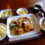 点心楼台北 - 料理写真:白身魚の唐辛子炒め