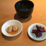 Torifuji - つくねと鶏ガラスープ、しば漬け