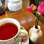 珈琲 三ツ屋 - ランチセットの紅茶