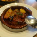 スペイン炭火焼料理 エル フォゴン - あぐー豚のトマト煮込み