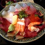 46339032 - 海鮮丼定食1058円