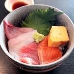 46339777 - ミニ海鮮丼 ¥500