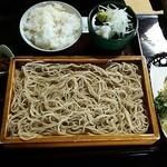 いし田 - 定食のお総菜が美味しい。玉子焼きも手作りです。