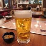 わら焼きと串カツ わら焼き部 - 生ビール